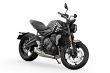 2021-Triumph-Trident-660-First-Look-sport-motorcycle-18